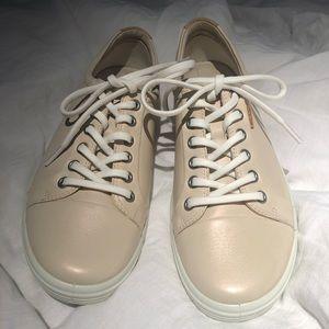 Rose dust Ecco sneakers